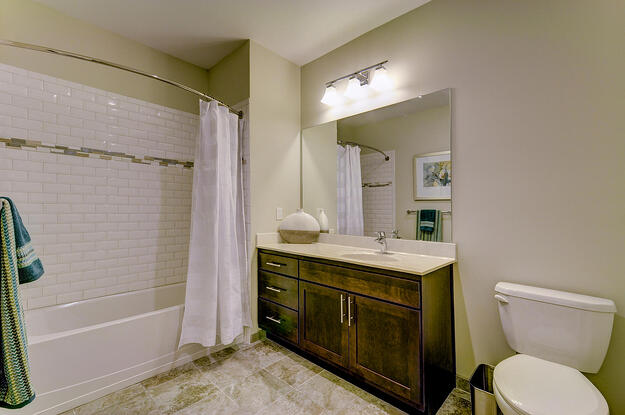 580 Route 28 Bridgewater NJ-large-038-61-Bathroom-1500x997-72dpi.jpg