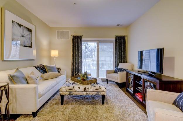 580 Route 28 Bridgewater NJ-large-047-30-Living Room-1500x998-72dpi.jpg
