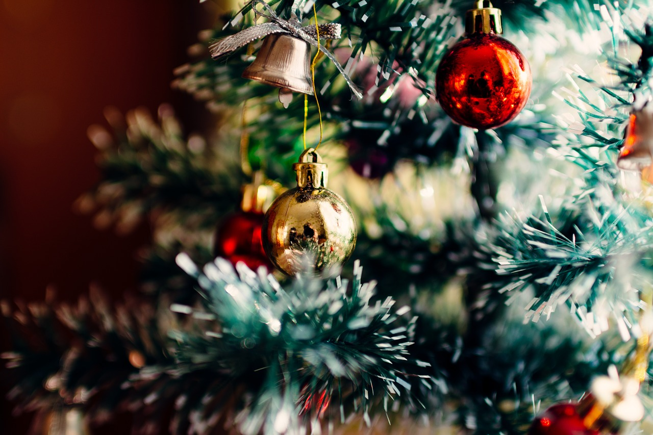 Decorating Your Apartment for the Holidays – 5 Ideas
