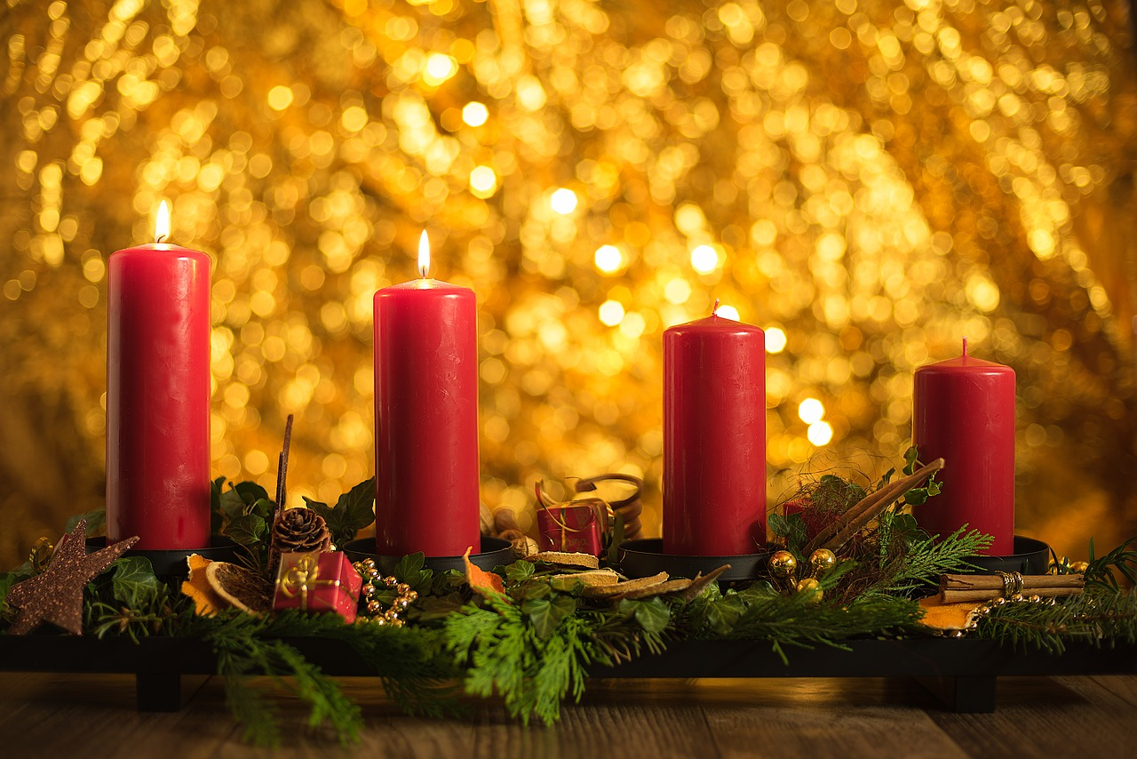 The Ultimate Guide to Decorating Your Home for the Holidays-5