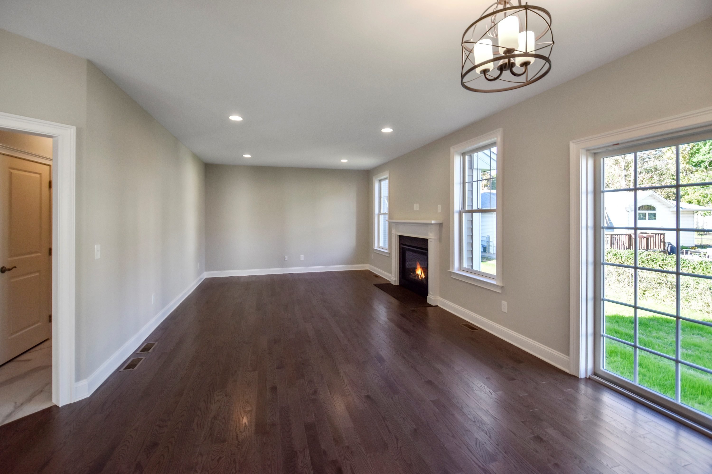 Country Classics at Scotch Plains 603 Taylors Way Family Room