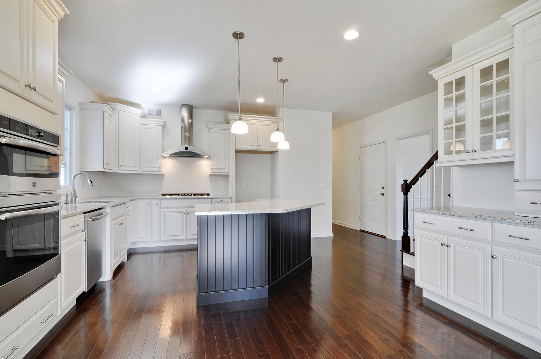 Hillsborough NJ-large-016-1-Kitchen-1500x997-72dpi