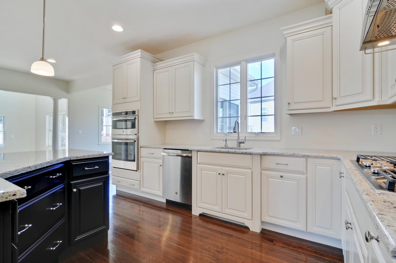 Hillsborough NJ-large-020-11-Kitchen-1500x997-72dpi