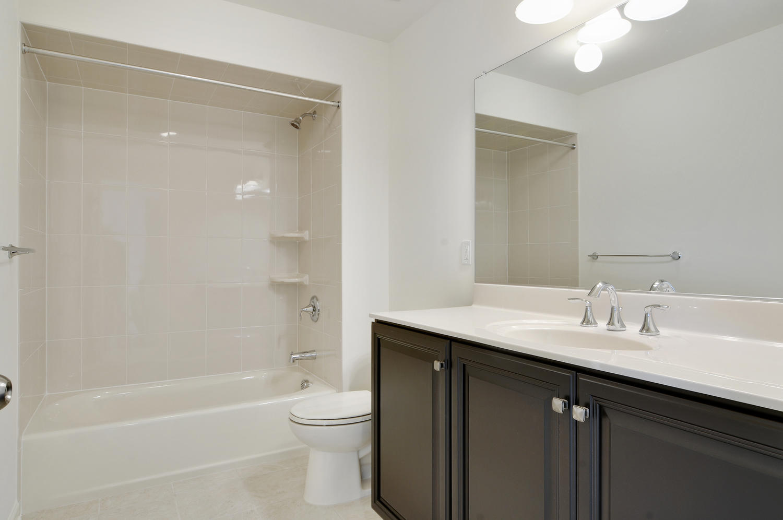 Hillsborough NJ-large-040-29-Bathroom-1500x997-72dpi
