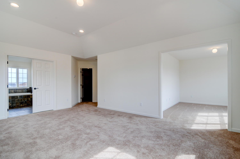 15 LaTourelle Dr Hillsborough-large-029-24-Master Bedroom-1500x997-72dpi