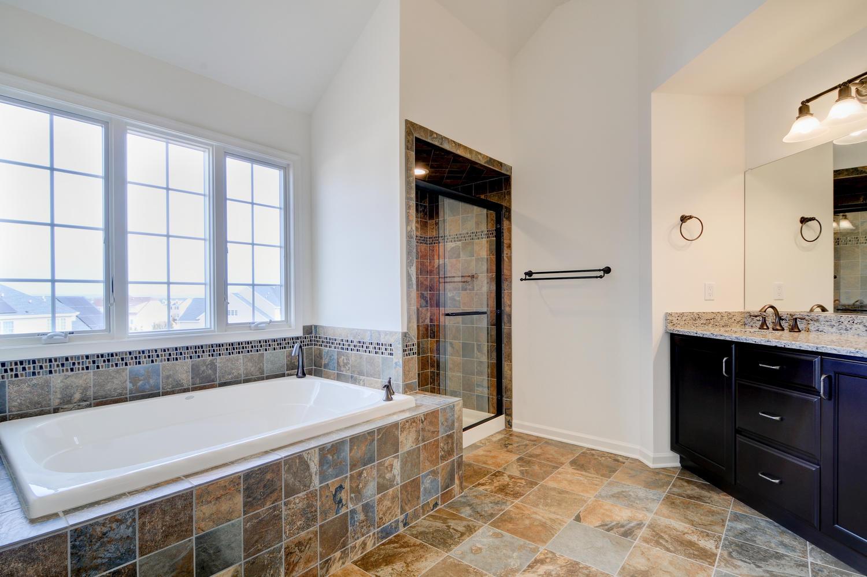 15 LaTourelle Dr Hillsborough-large-030-31-Master Bathroom-1500x997-72dpi