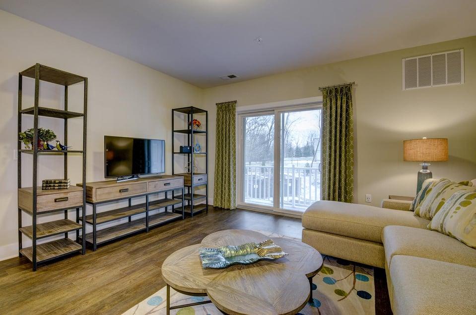 580 Route 28 Bridgewater NJ-large-029-32-Living Room-1500x997-72dpi