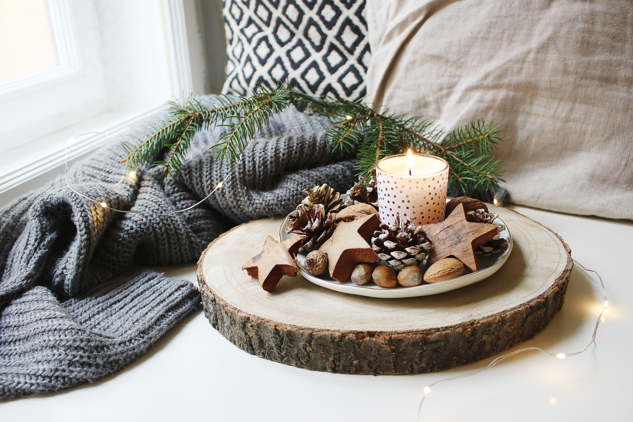7 Winter Decorating Ideas for Your Apartment