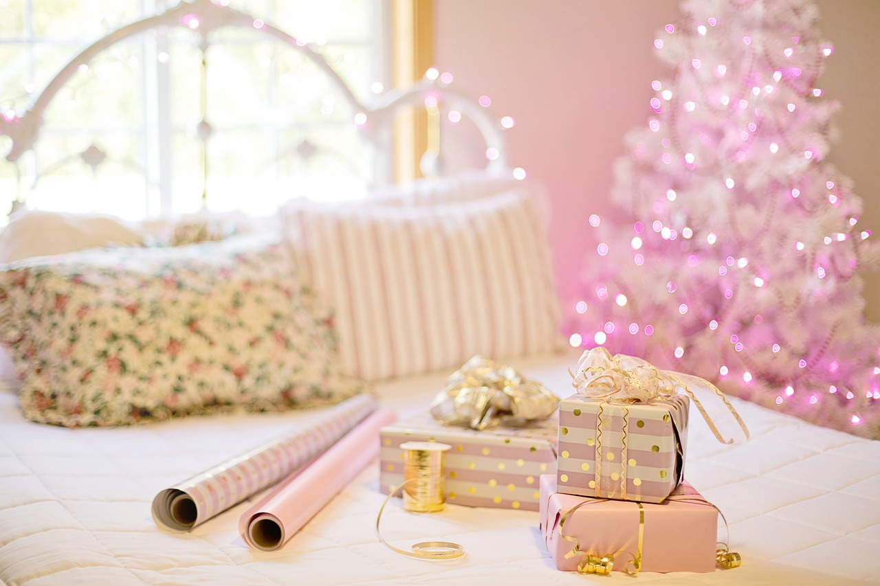 6 Gifts to Get Your Apartment This Holiday Season
